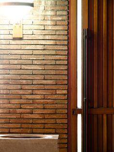MBM. Iglesia del Redentor. 1957-1968 PA210769_1 Tall Cabinet Storage, Garage Doors, Walls, Interiors, Detail, Outdoor Decor, Furniture, Design, Home Decor