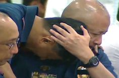"""Philippine National Police officer-in-charge Director General Leonardo Espina on Wednesday became emotional over the """"overkill"""" of the 44 Special Action Force troopers in Mamasapano, Maguindanao last Jan. National Police, Police Officer, You Can Do, Weight Loss Tips, Wednesday, Action, Men, Group Action, Guys"""