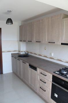 Kitchen Shelf Design, Kitchen Decor, Home Decor Kitchen, Kitchen Furniture Design, Kitchen Room Design, Build A Closet, Kitchen Design Small, Diy Kitchen, Kitchen Cabinets Decor