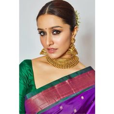 Shraddha Kapoor proves that she is a true Indian beauty in this saree. Bollywood Makeup, Indian Bollywood Actress, Bollywood Girls, Bollywood Fashion, Bollywood Stars, Indian Actresses, Indian Celebrities, Bollywood Celebrities, Shraddha Kapoor Saree