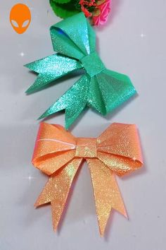 10 Fun Origami To Surprise Your Friends - DIY Tutorials Videos Diy Father's Day Crafts, Diy Crafts Hacks, Diy Arts And Crafts, Diys, Useful Origami, Origami Easy, Christmas Origami, Christmas Crafts, Snow Globe Crafts