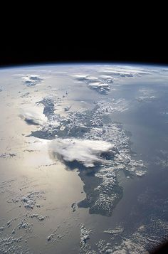 Planet Earth – Glance from the Outer Space    Being an astronaut is, perhaps, the most widely-spread wishes among the little. Indeed, who would refuse a chance to rise up to the stars and have a look at our Planet Earth from the orbit?