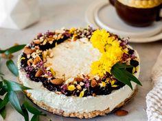 Zdravé recepty a tiež všetko o zdravej výžive, životnom štýle a cvičení na Cvičte.sk. Camembert Cheese, Acai Bowl, Cupcake, Cheesecake, Breakfast, Desserts, Food, Raffaello, Tailgate Desserts