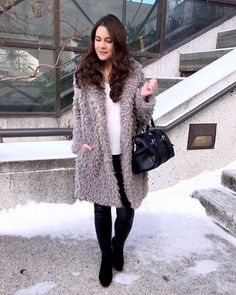 """𝓮𝓶𝓲𝓵𝔂 𝓱𝓸𝓵𝓵𝓸𝔀𝓪𝔂 on Instagram  """"It took me a while to come  around to the teddy bear coat trend e90be1a35a9"""