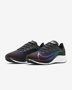 Nike Air Zoom Pegasus 37 BETRUE Women's Shoe. Nike.com Nike Trainer, Image T, Sneakers Mode, Sneakers Fashion Outfits, Nike Air Zoom Pegasus, Running Gear, Fitness, Nike Shoes, Dresses