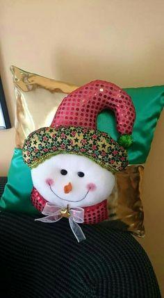 Christmas Crafts, Xmas, Christmas Stockings, Pillows, Holiday Decor, David, Home Decor, Christmas Cushions, Pillowcases