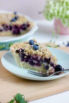 """Cremiger Blaubeer Pie mit Knusperstreuseln -""""Bake in the USA"""" ein Buch auf Reisen - Simply Sasibella"""