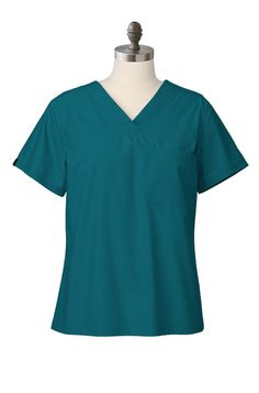Women's Caribbean Blue Scrub Top |Medelita women's clinician scrub tops redefine medical scrubs. Gone is the boxy, shapeless decades-old unisex scrub set. Female clinicians no longer have to settle for hospital scrubs. You'll find both traditional and innovative design features such as darting at the bust, tapering at the waist and hips, and tailoring of the sleeves.