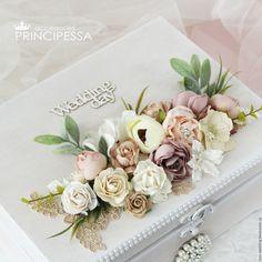 """Купить """"Бежевые цветы"""" шкатулка для конвертов (повтор) - бежевый, Аксессуары для волос, аксессуары для свадьбы"""
