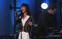 "Phantogram Performs ""Black Out Days"""