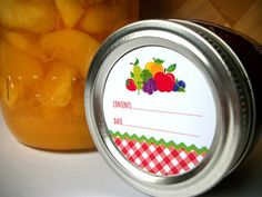 Gingham Fruit Canning jar labels, round red stickers for mason jars, fruit preservation, jam and jelly jars, preserves, cottage chic, CanningCrafts.com #canning #foodpreservation #preserves #ginghamlabels