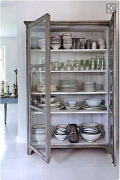 Storage/ display cabinet | kitchen