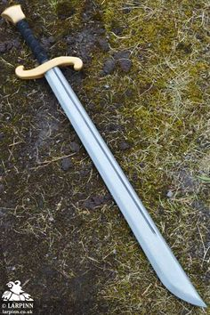 Hugh Falchion Sword - 37in - LARP