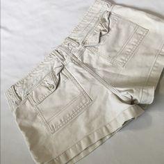 Ameican eagle cream shorts Like new Shorts