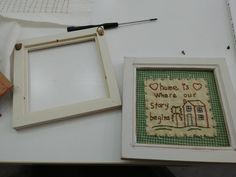 다이소액자 백배활용하기 -자수액자리폼, 광주 프랑스자수 : 네이버 블로그 Frame, Home Decor, Needlepoint, Homemade Home Decor, A Frame, Frames, Hoop, Decoration Home, Interior Decorating