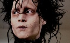 Edward Scissorhands is a 1990 romantic fantasy film directed by Tim Burton and starring Johnny Depp. Eduardo Scissorhands, Edward Scissorhands Movie, Tim Burton, Johnny Depp Characters, Johnny Depp Movies, Fictional Characters, Jhony Depp, Johnny Depp Personajes, Ve Neill