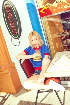 Taeyeon 2nd mini album 「Why」 Digital Booklet - HQ (6PIC) - GGPM Official WebSite
