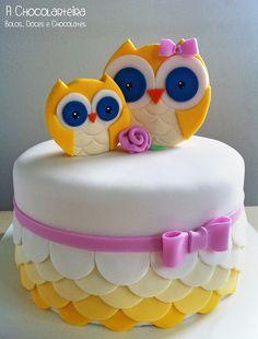 With Owls Tutorial… Baby Cakes, Owl Cakes, Sweet Cakes, Cake Icing, Fondant Cakes, Pretty Cakes, Cute Cakes, Kolaci I Torte, Animal Cakes