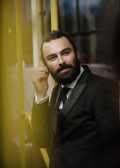 """The beard is truly terrifying.nearly as bad as Andrew Garfield's """"moment"""" British Actresses, British Actors, Actors & Actresses, Aidan Turner Poldark, Ross Poldark, Youtubers, Game Of Thrones Prequel, Dean O'gorman, Winston Graham"""