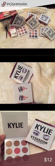Kylie J lip kits &a eyeshadow palettes Selling Kylie J. lip kits for $12 a piece, each comes with a lip liner and a matte lip gloss. I also have her Bronze and Burgundy eyeshadow palettes for $20 a piece. Inbox me for more info. ☺️  Vendo labiales de Kylie J. a $12 la pieza, viene con el delineador y labial matte. También tengo su palette Bronze y Burgundy de sombras para los ojos a $20 la pieza. Inbox para más información. ☺️ Kylie Cosmetics Makeup