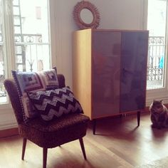 @jeannedamas|| vintage findings (rue charlot- Nordik) chair- rue Antoine Vollon boutique. coussins APC Living Room, Furniture, Accent Chairs, Interior Decorating, Interior, Home, Wingback Chair, Chair, Room Divider