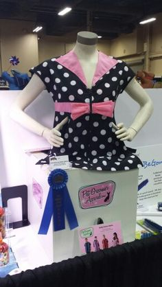 We wine 1st place for New Product at Super Zoo 2015! #petgroomerapparel, groomingaprons, grooming smocks