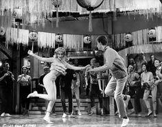 Bobby Rydell and Ann-Margret in Bye bye birdie directed by George Sidney, 1963 Top Ten Songs, Ann Margret Photos, Bobby Rydell, Cincinnati Kids, Bye Bye Birdie, Swedish American, Dancing In The Dark, Columbia Pictures, Old Soul