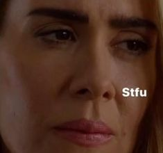 Ahs Funny, Funny Laugh, American Meme, American Horror Story, Reaction Pictures, Funny Pictures, Lip Biting, Im Losing My Mind, Quites