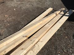 How To Build a Greenhouse Bench For Under 20 Dollars – two branches homestead Greenhouse Benches, Greenhouse Shelves, Heating A Greenhouse, Lean To Greenhouse, Backyard Greenhouse, Greenhouse Plans, Outdoor Projects, Homesteading, Branches