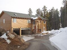 Quite, Modern Mountain House Vacation Rental in Evergreen from @homeaway! #vacation #rental #travel #homeaway