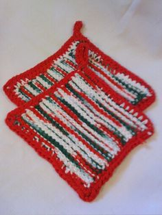 Red trim, variegated holiday potholders/hot pads. $10/set of 2. 100% cotton