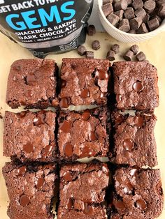 Healthy Flourless Brownies made with all gluten-free, paleo, nut-free and dairy-free ingredients. No flour needed! These are the best FUDGEY brownies ever! Paleo Dessert, Healthy Dessert Recipes, Healthy Baking, Baking Recipes, Healthy Dishes, Keto Desserts, Paleo Recipes, Breakfast Recipes, Healthy Food