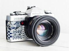 Minolta XG2 - MINT Condition functional vintage 35 mm film analog SLR camera, 50mm prime lens, Genuine leather, Neckstrap, New Lightseals!