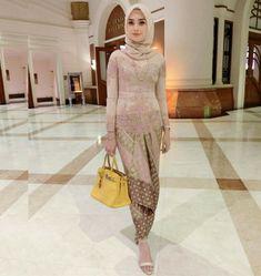 Kebaya Muslim Batik Modern Untuk Wisuda Baju Baru 2017 Kebaya
