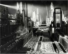 How New York City would look like 100 years in the future, made in 1930. #NewYork #1930 #future