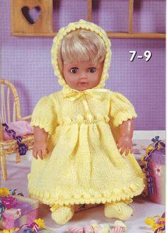 the dolls house - Mariann Vendelbo Borregaard - Picasa Web Albums Knitting Dolls Clothes, Knitted Dolls, Doll Clothes Patterns, Crochet Dolls, Doll Patterns, Clothing Patterns, Crochet Baby, Knitted Baby, Baby Knitting Patterns