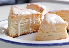 Utterly scrumptious looking Starbucks inspired Vanilla Bean Scones for when I miss Smith after I graduate.