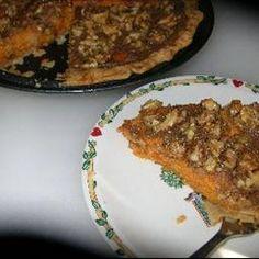 Sweet Potato Pie IV do individual units Potato Pie, Sweet Potato, Potato Casserole, Just Desserts, Delicious Desserts, Yummy Food, Thanksgiving Recipes, Fall Recipes, Pie Dessert