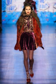 Anna Sui Fall 2017 Ready-to-Wear Fashion Show - Hayett McCarthy
