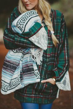 cozy plaid flannel hoodie #serapeblanket