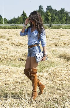 Discover and organize outfit ideas for your clothes. Decide your daily outfit with your wardrobe clothes, and discover the most inspiring personal style Country Girl Outfits, Cute Cowgirl Outfits, Rodeo Outfits, Country Girl Style, Country Fashion, Cute Outfits, Western Outfits, Country Girls, Cute Country Clothes