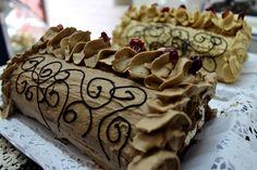 Omi Gretchen Pastelería La Unión Tortas, Kuchenes, Galletas y Dulces Alemanes German Bakery, Cookies, Cake, Desserts, Food, Crack Cake, Traditional, Antigua, Mudpie