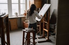 Artist working on her new picture