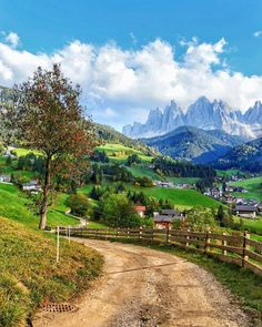 Think these are in northern Italy. Beautiful Places To Visit, Beautiful World, Places Around The World, Travel Around The World, Places To Travel, Places To See, Landscape Photography, Nature Photography, Science And Nature