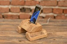 Docking+Station,+iPhone+holder,+Samsung+wood+stand,+Gift+for+him,+Office+accessories,+Wood+iPhone+dock,+Tech+Accessories,+iPhone+8+dock