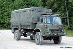The Bedford M-series general utility truck was developed in the early It is a militarized version of commercial truck. The M-series trucks proved to be robust and reliable vehicles. Classic European Cars, Classic Trucks, Bedford Truck, British Army Uniform, Utility Truck, Royal Engineers, Army Day, Bug Out Vehicle, Big Trucks