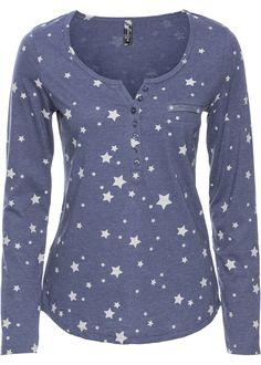 Dieses trendige Langarmshirt gefällt modebewussten Damen, die sich gerne leger und abwechslungsreich kleiden. Der süße Allover-Print sorgt für einen stylishen Look und verwandelt das lässige Shirt in ein echtes Fashion-Highlight.