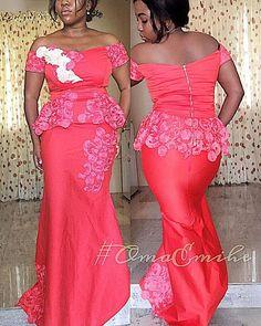 #OmaEmihe  #fitting #fittinggoneverygood #endofthematter #happyclient #couture  #fashiondesigner #lagosdesigner #PHdesigner #wearomaemihe