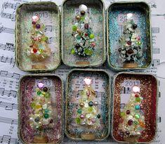 Christmas Altoid altered tins