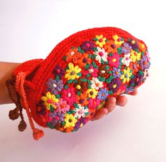 Summer embroidery clutch mexico red crochet embroidery door pipocass, €45.00